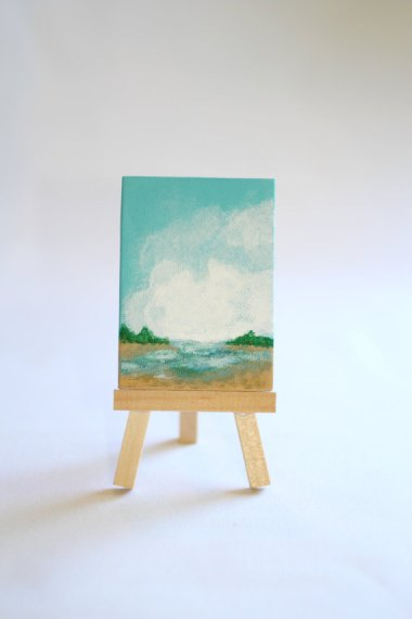 This miniscule seaside painting and easel by ArtForMyLord was so adorable, I bought it!