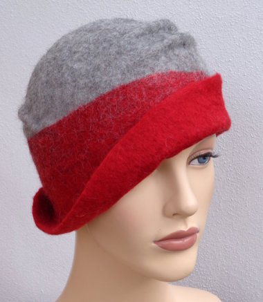 At least there are hats to make me happy, like this lovely from FeltgOOOd