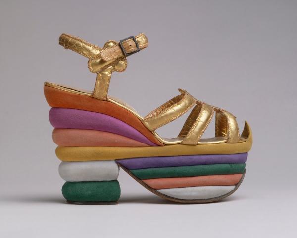 heels 4 ferragamo