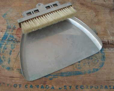 Possibly the best looking dustpan in the history of the world. Sold by FeedingBirdsBoutique