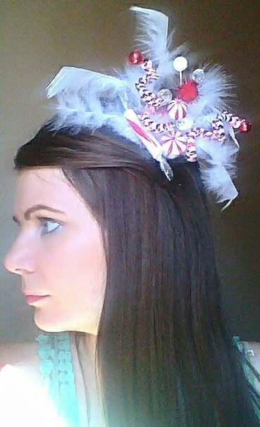 "On the flipside, this ""Peppermint fascinator"" by Jewelables, while small, still manages to be too much."