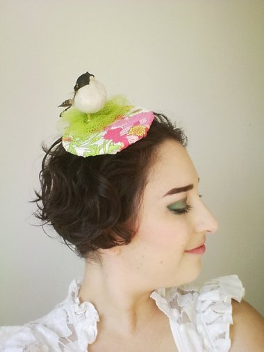 If PrancingPeacockHats really wanted to make this bird and nest hat realistic, she should have included some rubber bird droppings down the back.