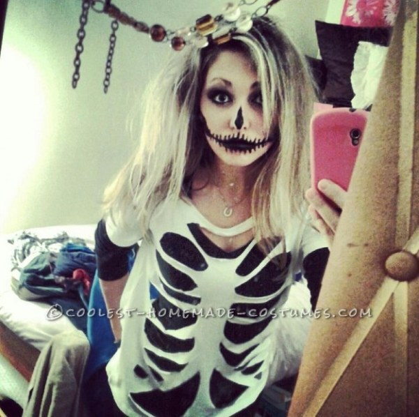 Calavera sugar skull makeup for Mexican Day of the Dead