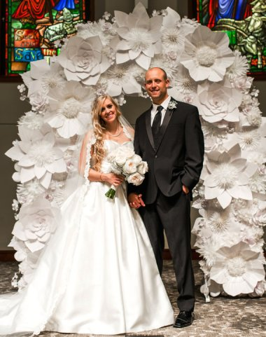 Not only is this paper wedding arch hideous, it's also too short! By BlomesPaperie, who should go back and re-watch Spinal Tap.