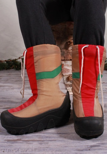 Kids, these are called Moon Boots, and people used to pay a small fortune for them! Sold by HarlowGirls