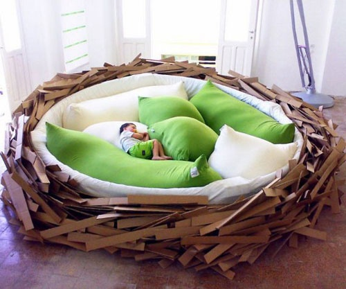I guess if the parents have the bird bed, this wouldn't be an illogical bed for the kid's room.