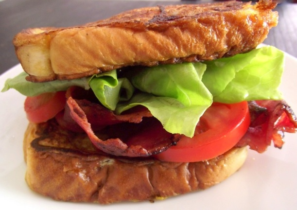 This french toast BLT would be a huge hit in my house!