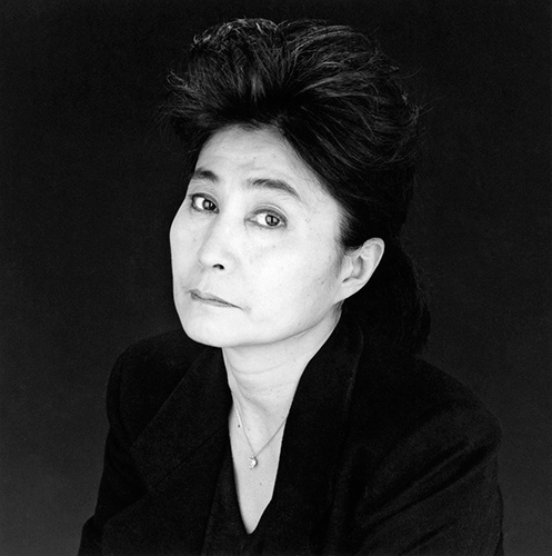 Yoko Ono 1988 © Robert Mapplethorpe Foundation
