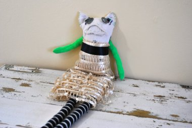 Sock cat doll by TEEsoxbyTeri, who clearly dislikes children. And socks.