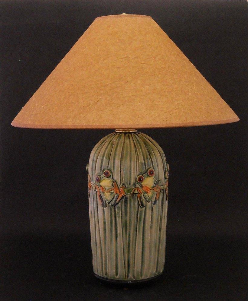 Tree Frog Lamp