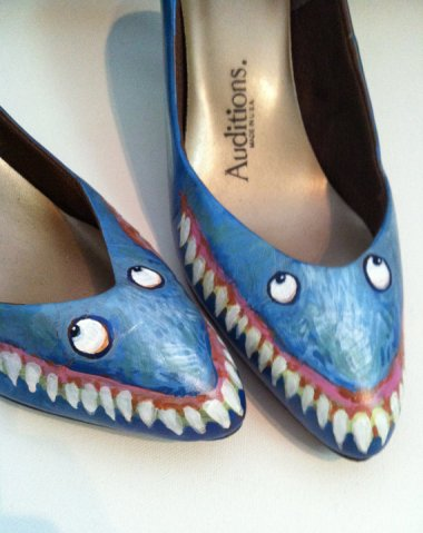 Very menacing-looking shark shoes. By DotsOfPaint