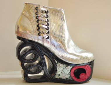 Elaborate and unwieldy as these look, I'd be willing to give them a try. By Fashion4Freedom who makes some really innovative, beautiful carved shoes