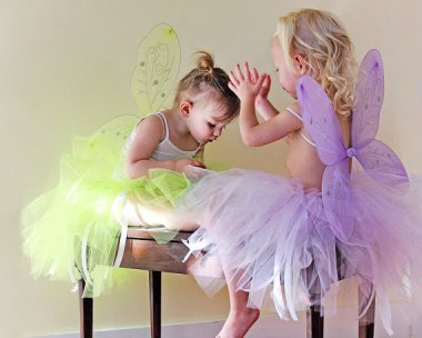 What's better than one little girl in a matching tutu and fairy wings? How about 10? This is a fantastic idea for a little kid party. They send you 10 different colors. By KadensCloset