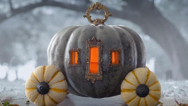 Materials: paint, tiny gourds, magic