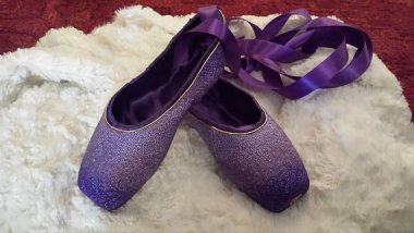 Custom-beaded pointe shoes? Swoon! By ExquisitelyPointe