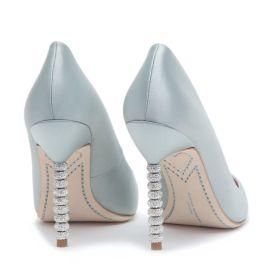 shoe 7aa