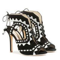 shoe 9a