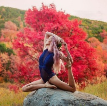 yoga-8b